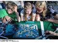 6 игр, которые отлично объединяют детей разного возраста