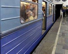 Москвичей пустят на ночь в метро